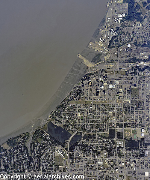 historical aerial photographof Anchorage and the Port of Anchorage, Alaska, 1988