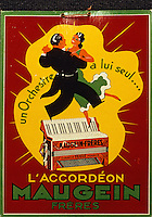 Europe/France/Limousin/19/Corrèze/Vallée de Corrèze/Tulle: Musée - Publicité pour l'accordéon Maugein