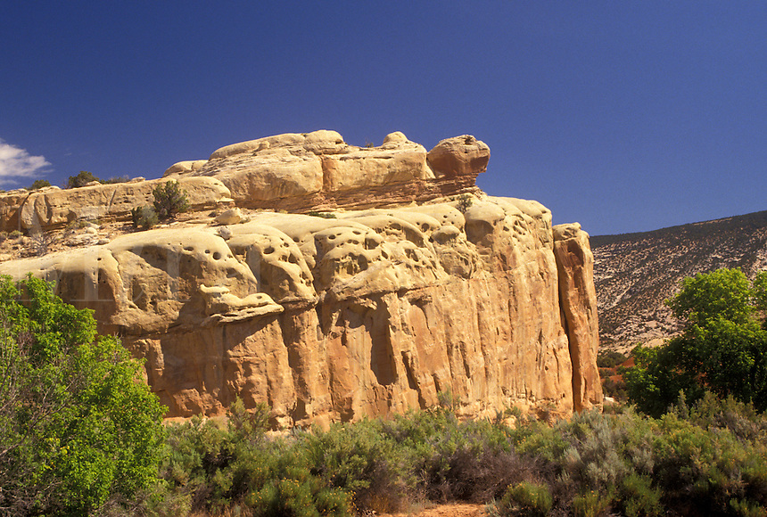 turtle, Dinosaur National Monument, rock formation, Jensen, UT, Utah, Turtle Rock at Dinosaur Nat'l Monument in Jensen.