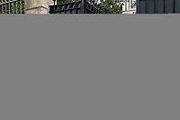 CHARLES AZNAVOUR - EN VISITE AU CONSULAT D ARMENIE A MARSEILLE . FRANCE , LE 26/06/2017