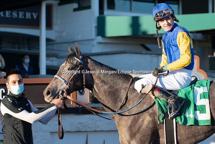 November 28, 2020: Oliviaofthedesert, trained by Kenneth McPeek and ridden by Brian Hernandez, wins Race 8, allowance optional claiming, at Churchill Downs in Louisville, Kentucky on November 28 2020. Jessica Morgan/Eclipse Sportswire.