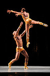 THARP Twyla - The Golden section - Alvin Ailey American Dance theater