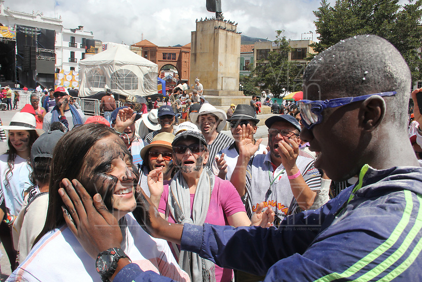 PASTO- COLOMBIA, 5-01-2018: Día de los negritos durante los carnavales en San Juan de Pasto. / Day of the negritos during the carnival in San Juan de Pasto..Photo: Vizzorimage / Leonardo Castro  / Contribuidor
