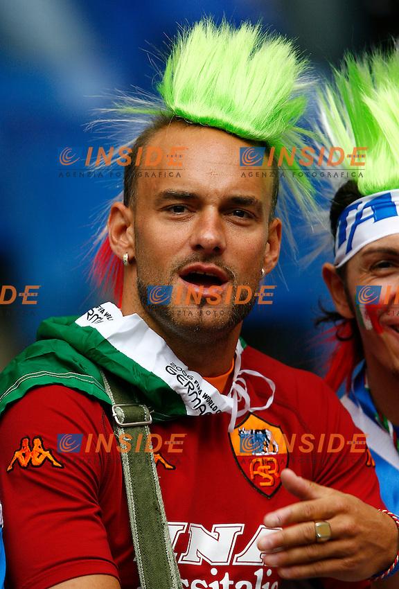 HAmburg 22/6/2006 World Cup 2006.Repubblica Ceca Italia 0-2.Photo Andrea Staccioli Insidefoto.tifosi italiani con maglietta della roma