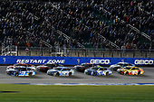 Monster Energy NASCAR Cup Series<br /> Go Bowling 400<br /> Kansas Speedway, Kansas City, KS USA<br /> Saturday 13 May 2017<br /> Martin Truex Jr, Furniture Row Racing, Auto-Owners Insurance Toyota Camry and Kevin Harvick, Stewart-Haas Racing, Busch Light Ford Fusion<br /> World Copyright: Nigel Kinrade<br /> LAT Images<br /> ref: Digital Image 17KAN1nk10253