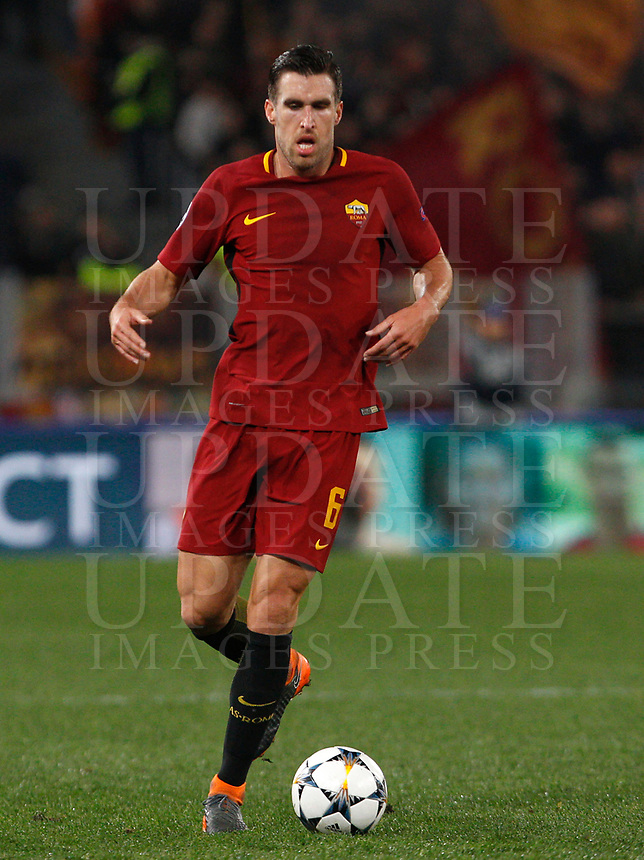 Roma s Kevin Strootman in action during the Uefa Champions League round of 16 second leg soccer match between Roma and Shakhtar Donetsk at Rome's Olympic stadium, March 13, 2018. Roma won. 1-0 to join the quarter finals.<br /> UPDATE IMAGES PRESS/Riccardo De Luca