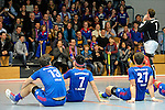 GER - Mannheim, Germany, December 12: Players of Mannheimer HC celebrate after winning the derby against TSV Mannheim on December 12, 2015 at Irma-Roechling-Halle in Mannheim, Germany. Final score 5-0 (HT 1-0). (Photo by Dirk Markgraf / www.265-images.com) *** Local caption *** (r) Andreas Spaeck #1 of Mannheimer HC