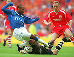 Rod Wallace smashes Jim Leighton's jaw with his left knee in the opening minute of the 2000 Scottish Cup Final
