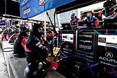 #57 Heinricher Racing w/MSR Curb-Agajanian Acura NSX GT3, GTD: Trent Hindman, Misha Goikhberg, Joey Hand, pit stop, crew