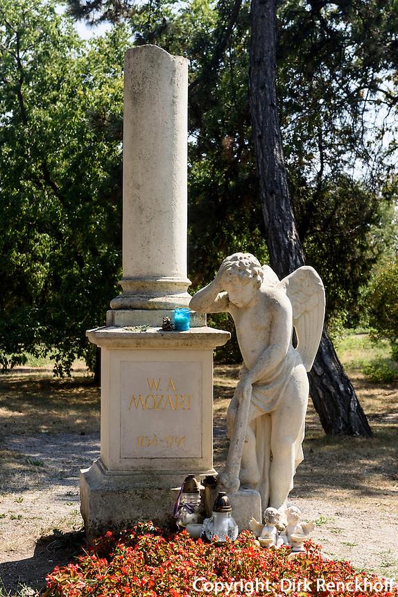 Friedhof St.Marx, Grab von Mozart, Wien, Österreich<br /> Cemetery St. Marx, tomb of Mozart, Vienna, Austria