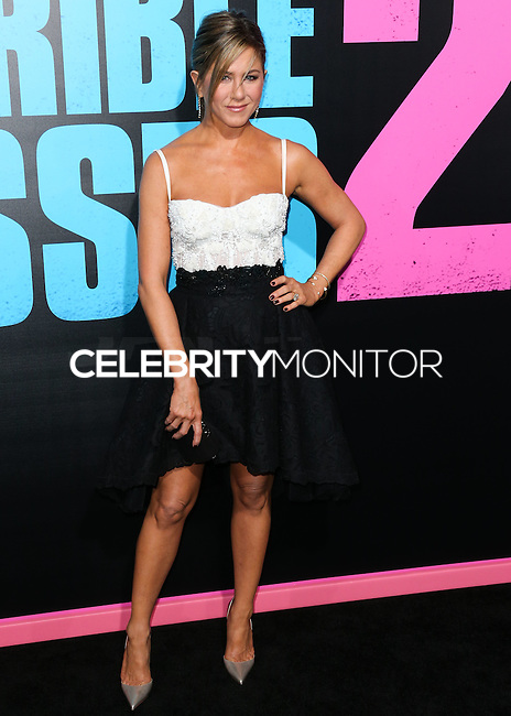 HOLLYWOOD, LOS ANGELES, CA, USA - NOVEMBER 20: Actress Jennifer Aniston arrives at the Los Angeles Premiere Of Warner Bros. Pictures' 'Horrible Bosses 2' held at the TCL Chinese Theatre on November 20, 2014 in Hollywood, Los Angeles, California, United States. (Photo by Xavier Collin/Celebrity Monitor)