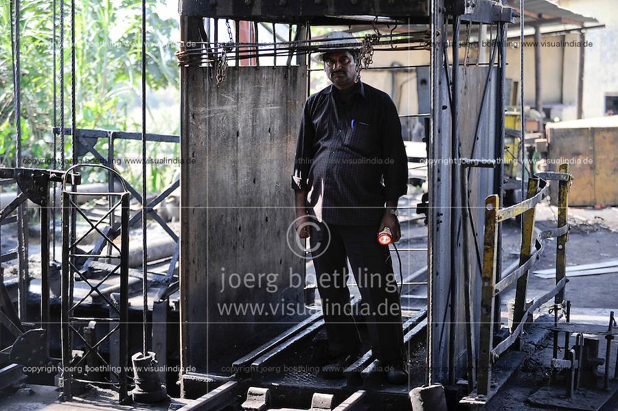 INDIA Dhanbad, underground coal mining of BCCL Ltd. a company of COAL INDIA / INDIEN Dhanbad, Kohle Untertagebergwerk von BCCL Ltd.
