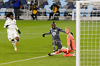 ST PAUL, MN - NOVEMBER 22: William Yarbrough #50 of Colorado Rapids make a save during a game between Colorado Rapids and Minnesota United FC at Allianz Field on November 22, 2020 in St Paul, Minnesota.