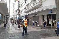 Campinas (SP), 17/02/2021 - Comércio-SP - Movimentação no centro de Campinas, interior de São Paulo, nesta quarta-feira (17).