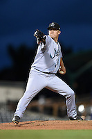 Jupiter Hammerheads pitcher Frankie Reed (16) delivers a pitch during a game against the Bradenton Marauders on April 19, 2014 at McKechnie Field in Bradenton, Florida.  Bradenton defeated Jupiter 4-0.  (Mike Janes/Four Seam Images)