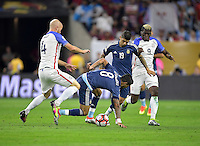 Houston, TX - Tuesday June 21, 2016: Michael Bradley, Augusto Fernandez, Ever Banega, Gyasi Zardes during a Copa America Centenario semifinal match between United States (USA) and Argentina (ARG) at NRG Stadium.