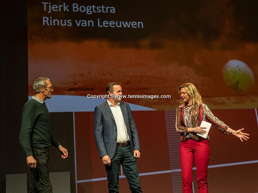 Nieuwegein, Netherlands, November 23,  2019, MBC Congrescentrum, KNLTB Year Congres , Tjerk Bogtstra and Rinus van Leeuwen (L) with Kristie Boogert<br /> Photo: Tennisimages/Henk Koster