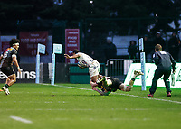 26th December 2020; Twickenham Stoop, London, England; English Premiership Rugby, Harlequins versus Bristol Bears; Louis Lynagh of Harlequins makes a try saving tackle on Siva Naulago of Bristol Bears