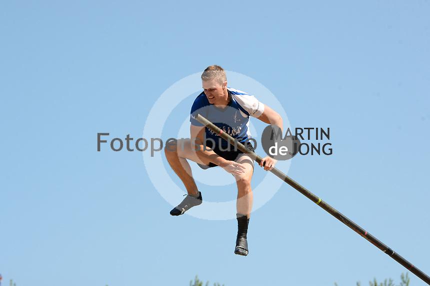 FIERLJEPPEN: WINSUM: 04-09-2021, FK Fierljeppen, Nard Brandsma, ©foto Martin de Jong