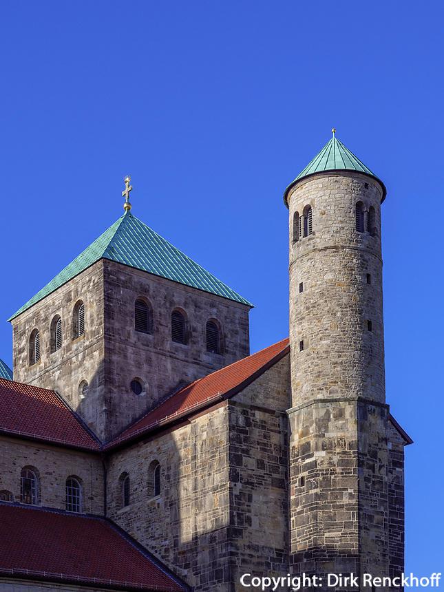 Ottonische Kirche St. Michaelis in Hildesheim, Niedersachsen, Deutschland, Europa, UNESCO Weltkulturerbe<br /> Ottonian St. Michael's church in Hildesheim, Lower Saxony, Germany, Europe, UNESCO Heritage Site