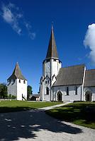 Kirche (13./14. Jh.) in Lärbro auf der Insel Gotland, Schweden, Europa<br /> Church (13./14.c.) in Lärbro, Isle of Gotland Sweden