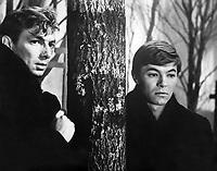 Два билета на дневной сеанс (1967)