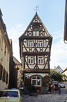 Bad Wimpfen: Fachwerk house. Tall and narrow.  Photo '87.