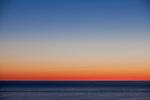 Europa, DEU, Deutschland, Schleswig-Holstein, Deutsche Bucht, Helgoland, Nordsee, Blick auf das Meer, Sonnenaufgang, Daemmerung, Morgenroete, Kategorien und Themen, Natur, Umwelt, Landschaft, Jahreszeiten, Stimmungen, Landschaftsfotografie, Landschaften, Landschaftsphoto, Landschaftsphotographie, <br /> <br /> [Fuer die Nutzung gelten die jeweils gueltigen Allgemeinen Liefer-und Geschaeftsbedingungen. Nutzung nur gegen Verwendungsmeldung und Nachweis. Download der AGB unter http://www.image-box.com oder werden auf Anfrage zugesendet. Freigabe ist vorher erforderlich. Jede Nutzung des Fotos ist honorarpflichtig gemaess derzeit gueltiger MFM Liste - Kontakt, Uwe Schmid-Fotografie, Duisburg, Tel. (+49).2065.677997, archiv@image-box.com, www.image-box.com]