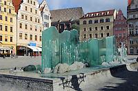Brunnen undGiebelhäuser am Marktplatz (Rynek Glowny) in Wroclaw (Breslau), Woiwodschaft Niederschlesien (Województwo dolnośląskie), Polen, Europa<br /> Fountain and Gable houses at Marketplace (Rynek Glowny) in Wroclaw,  Poland, Europe