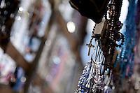 BOGOTÁ -COLOMBIA. 13-04-2014. Cientos de fieles católicos se hicieron presentes en la parroquia del 20 de Julio en Bogotá para celebrar el domingo de ramos que marca el inicio de la semana santa para los cristianos./ Hundred of Catholic faithful were made present in the 20 de Julio parish in Bogota to celebrate the Palm Sunday wich marks the beginning of Easter Week to the Christians.  Photo: VizzorImage/Gabriel Aponte/ Str