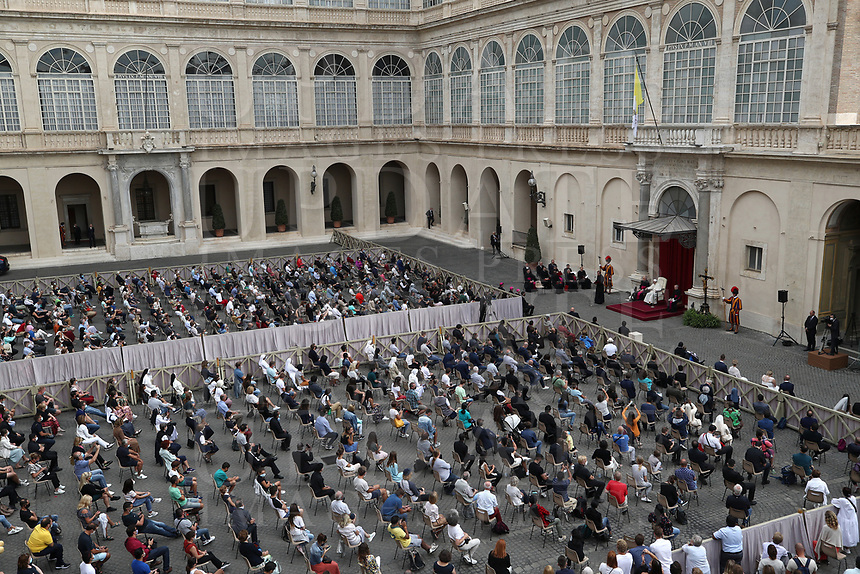 Pope Francis holds the first limited public audience at the San Damaso courtyard in The Vatican on September 2, 2020 during the COVID-19 infection, caused by the novel coronavirus.<br /> UPDATE IMAGES PRESS/Isabella Bonotto<br /> <br /> STRICTLY ONLY FOR EDITORIAL USE