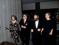 Louise Deschatelets et Guy Fournier a la Place-des-arts, Mars 1994<br /> (date exacte inconnue)<br /> <br /> <br /> PHOTO D'ARCHIVE : Agence Quebec Presse