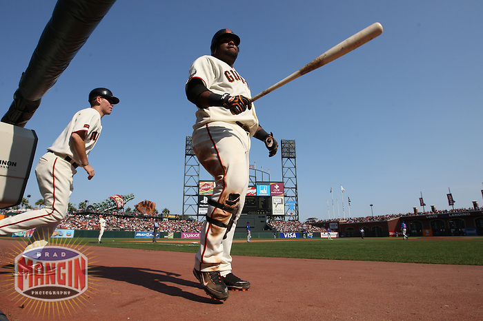 SAN FRANCISCO - SEPTEMBER 27:  Pablo Sandoval #48 of the San Francisco Giants walks to the on deck circle against the Chicago Cubs during the game at AT&T Park on September 27, 2009 in San Francisco, California. Photo by Brad Mangin