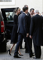Ivanka Trump and his husband Jared Kushner arrive at the San Damaso courtyard for a private audience with Pope Francis, at the Vatican, May 24, 2017.<br />