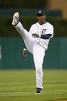Detroit Tigers shortstop Edgar Renteria (8) does his pre-game stretching at Comerica Park in Detroit, MI, Sunday, April 27, 2008.