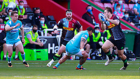 17th April 2021; Twickenham Stoop, London, England; English Premiership Rugby, Harlequins versus Worcester Warriors; Andre Esterhuizen of Harlequins making a timely off load in the tackle