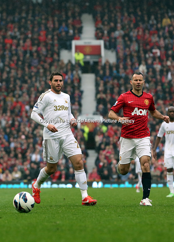 Pictured: (L-R) Angel Rangel, Ryan Giggs.<br />
