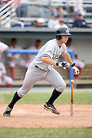 July 9th 2007:  Damon Sublett of the Staten Island Yankees, Class-A affiliate of the New York Yankees, at Dwyer Stadium in Batavia, NY.  Photo by:  Mike Janes/Four Seam Images