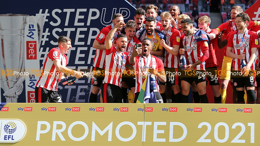 Brentford's Ivan Toney celebrates promotion to the Premier League during Brentford vs Swansea City, Sky Bet EFL Championship Play-Off Final Football at Wembley Stadium on 29th May 2021