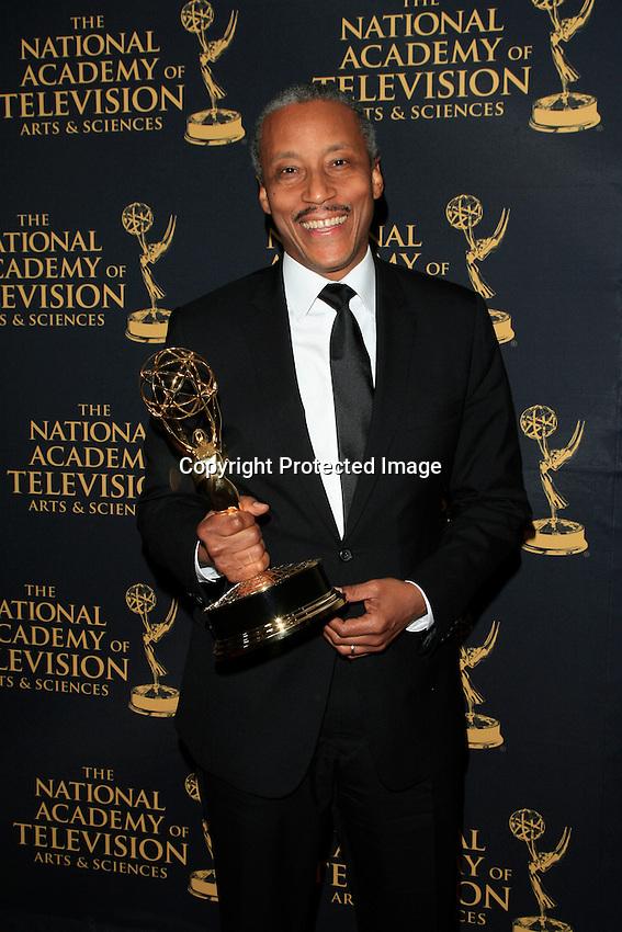 Emmy ts MPEG file