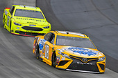 #18: Kyle Busch, Joe Gibbs Racing, Toyota Camry Pedigree and #12: Ryan Blaney, Team Penske, Ford Fusion Menard's / Duracell