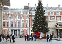 As Londoners look forward to Christmas, it looks increasingly likely that the capital will be moved up to Tier 3 of Covid-19 restrictions. It was announced that London now has the highest infection rate in England, so when the Tiers are reviewed on December 16th, London fears the worst. Tier 3 will mean bars, pubs, cafes, restaurants, must close except for takeaway, delivery and click and collect services, meaning a very un-Merry Christmas for the capital. London December 10th 2020<br /> <br /> Photo by Keith Mayhew