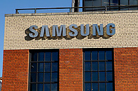 NEW YORK, NEW YORK - MARCH 04: Picture of the Samsung logo at Samsung 837 store on March 04, 2021 in New York. Samsung Electronics Co Ltd is considering four sites en United States, for a new $17 billion chip plant. (Photo by Emaz/VIEWpress)