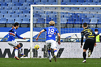 Antonio Candreva of UC Sampdoria scores the goal of 1-0 during the Serie A football match between UC Sampdoria and FC Internazionale at stadio Marassi in Genova (Italy), January 6th, 2021. <br /> Photo Daniele Buffa/Image Sport / Insidefoto