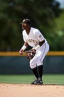 GCL Pirates second baseman Raul Siri (10) during the first game of a doubleheader against the GCL Yankees 2 on July 31, 2015 at the Pirate City in Bradenton, Florida.  GCL Pirates defeated the GCL Yankees 2 2-1.  (Mike Janes/Four Seam Images)