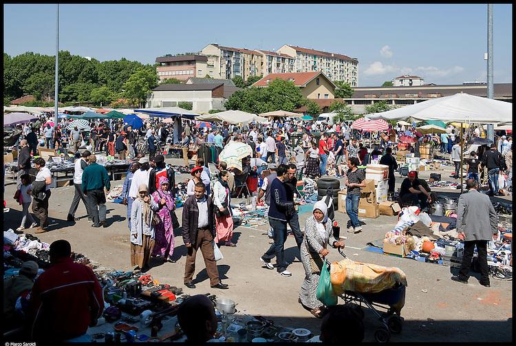 CiRCOSCRIZIONE 6 / 7 - Scalo Vanchiglia, il 'mercato degli illeciti' spostato da Porta Palazzo allo scalo vanchiglia