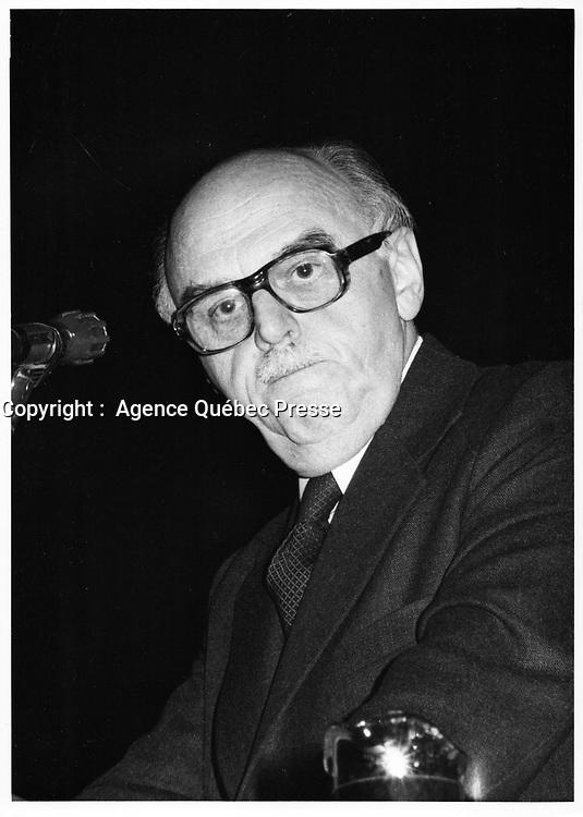 Le Maire Jean Drapeau , le 6 novembre 1978<br /> durant la campagne pour sa ré-élection, <br /> <br /> PHOTO : JJ Raudsepp  - Agence Quebec presse
