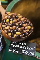 Europe/France/Provence-Alpes-Côte d'Azur/06/Alpes-Maritimes/Nice: Olives cailletier- Olives de Nice - Huilerie Alziari