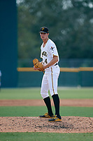 Pittsburgh Pirates pitcher David Lee (28) gets ready to deliver a pitch during an Instructional League game against the New York Yankees on September 28, 2017 at Pirate City in Bradenton, Florida.  (Mike Janes/Four Seam Images)