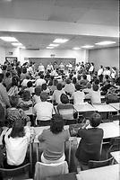Vote de greves des etudiants de l'UQAM, 8 Avril 1987.
